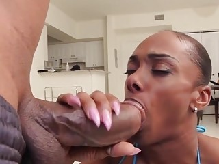 Tranny sucks fat cock before bouncing bubble booty on it